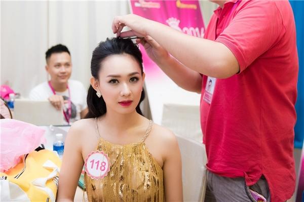 Nguyễn Thuỳ Linh đến từ Đồng Nai