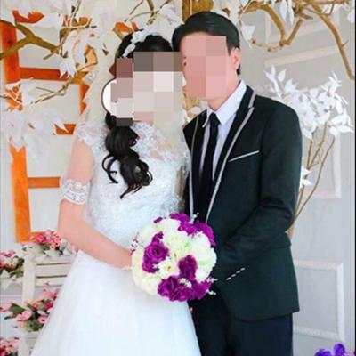 Q. và chồng trong ngày cưới