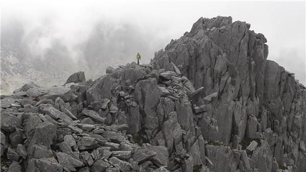 ĐỉnhTryfan cao 914 mét so với mặt nước biển (Ảnh: internet)