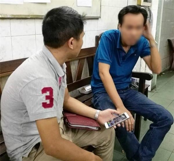 Tài xếTrọng (áo xanh)là nghi can trong vụ cướp tài sản của thai phụ. (Ảnh: Internet)
