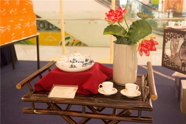 Minh Long mang đến những sản phẩm độc đáo được thiết kế riêng cho mùa trăng năm nay.