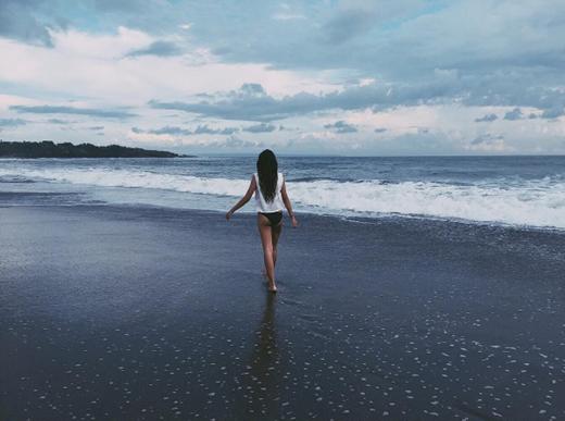 15 tuổi, Laura đã cao 1m72 và có thân hình cân đối hoàn hảo.