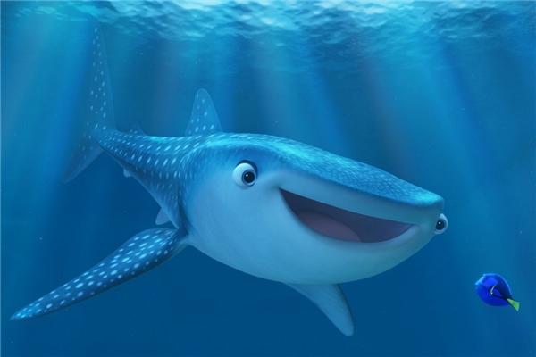2. Finding Dory - 929,1 triệu USD*: Finding Dory ra mắt sau Finding Nemo 13 năm. Nhưng rõ ràng tình yêu mà công chúng dành cho thế giới đại dương của xưởng hoạt hình Pixar vẫn là rất lớn. Bộ phim mới tập trung vào chuyến hành trình tìm kiếm gia đình của cô cá đãng trí Dory (Ellen DeGeneres), mang đến những bài học quý báu về cuộc sống và tình cảm giữa những người thân. Nếu tính riêng thị trường Bắc Mỹ, Finding Dory mới là tác phẩm ăn khách nhất với hơn 479 triệu USD. (Ảnh: Disney)