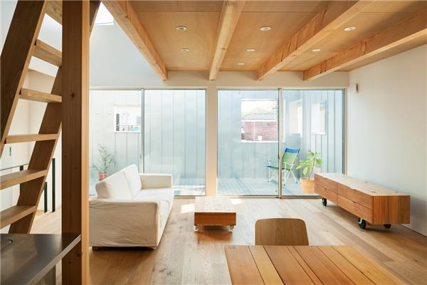 Nhà tí hon sử dụng rất nhiều vật dụng tự nhiên trong các thiết kế của mình.
