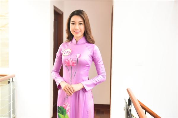 Bất ngờ trước hình ảnh thời quá khứ của tân Hoa hậu Việt Nam 2016 - Tin sao Viet - Tin tuc sao Viet - Scandal sao Viet - Tin tuc cua Sao - Tin cua Sao