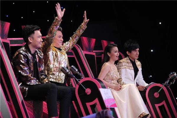 Cặp đôi song Tuấn khiến Mr Đàm, Cẩm Ly, Noo Phước Thịnh tranh giành
