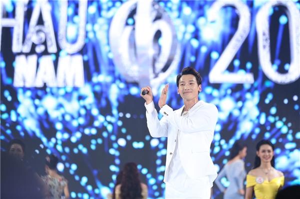Tuy nhiên, tiết mục của ngôi sao người Hàn khiến nhiều khán giả Việt thất vọng.