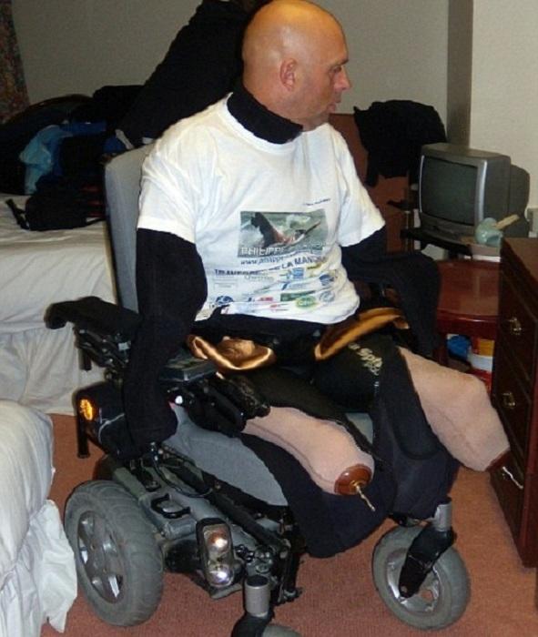 Philippe Croizon đã mất đi 2 tay lẫn 2 chân trong một tai nạn khủng khiếp cách đây 22năm.