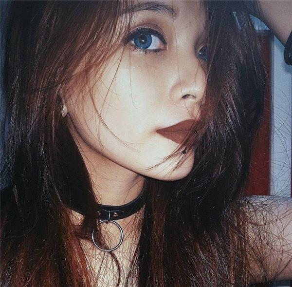 Gái đẹp rất nhiều, phải cá tính như cô gái này mới không lẫn với ai