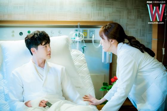 """""""Người con gái này chính là chìa khóa của cuộc đời tôi"""" – vừa gặp Oh Yeon Joo, Kang Chul đã khẳng định chắc nịch điều này. Những câu nói """"vi diệu"""" như vậy đến từ một mĩ nam truyện tranh vẫn có thể chấp nhận được."""