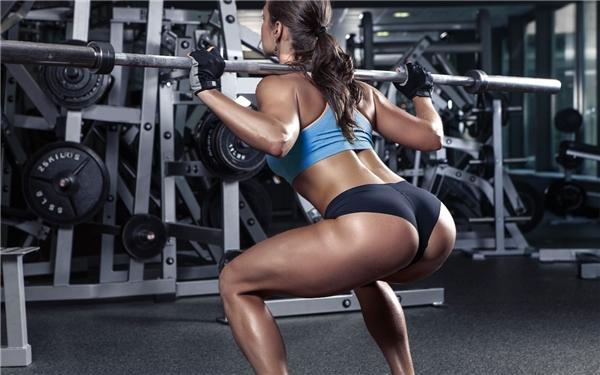 Bạn cần tập luyện vừa sức để tránh bị ảnh hưởng đến xương, khớp. (Ảnh: internet)