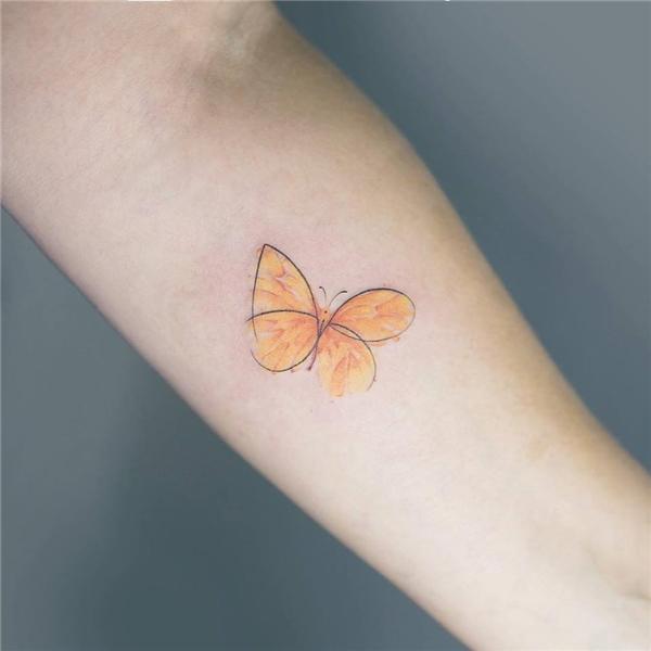 Cánh bướm cách điệu là lựa chọn tuyệt vời nhất cho những cô nàng yêu thích vẻđẹp đơn giản.