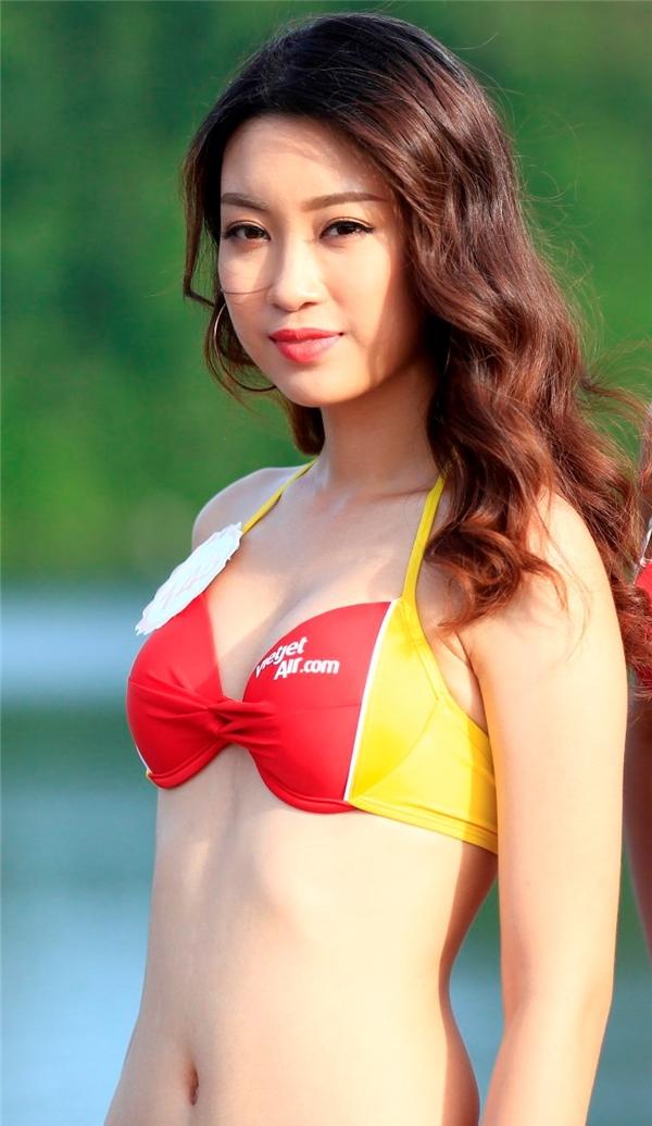Hoa hậu Đỗ Mỹ Linh…