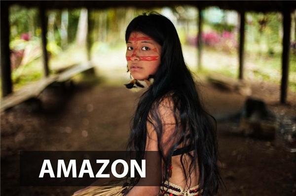 Hoang dã và mộc mạc là hai tính từ tuyệt đẹp dành cho những cô gái ở cáccánh rừng rậm Amazon.