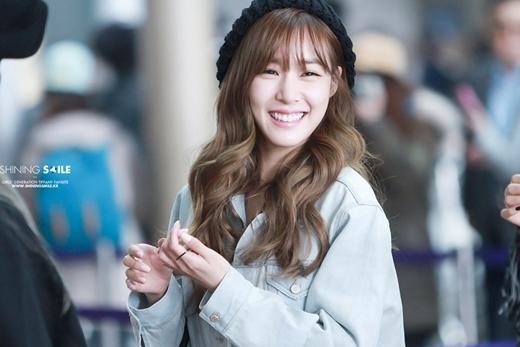 Tiffany cười tươi như thế này thì fans làm sao mà không yêu cho được chứ.