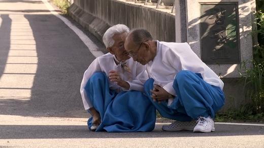 Ngưỡng mộ mối tình từ 14 tuổi đến 89 tuổi của vợ chồng già