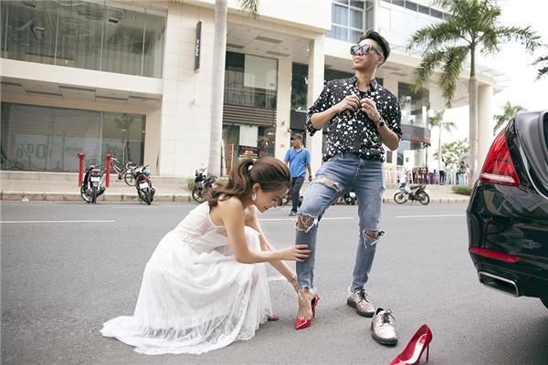 Để có được hình ảnh và phong cách như hôm nay, stylist Hoàng Ku chính là người đồng hành và luôn giúp Hoàng Thùy Linh tỏa sáng từ đời thường đến thảm đỏ.