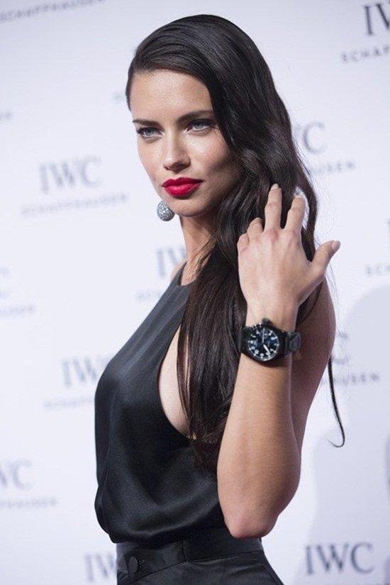 Adriana Lima đứng ở vị trí thứ 2 với thu nhập lên tới 10,5 triệu USD.