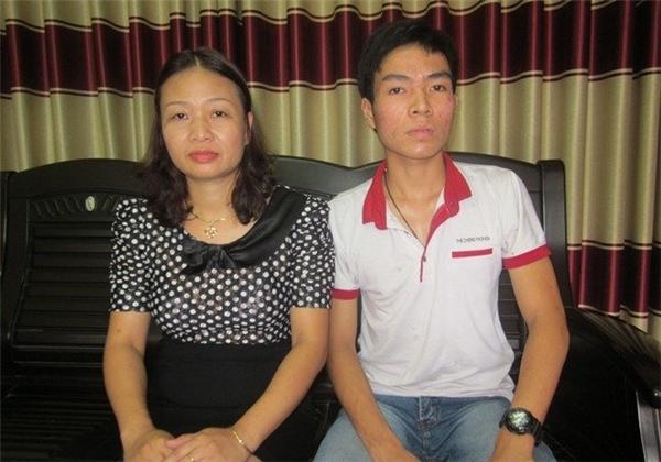 Không có tiền đóng học phí, Sơn đang đối mặt với nguy cơ chẳng thể thực hiện được ước mơ và lời hứa với người mẹ quá cố. Ảnh: Internet