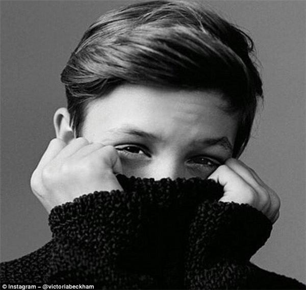 Victoria Beckham đăng ảnh mừng sinh nhật con trai.