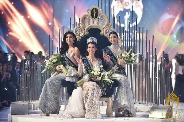 Kết quả chung cuộc chiếc vương miệng thuộc về cô gái 21 tuổi tài năng và xinh đẹpTanapornkhiến các giám khảo và khán giả đều hài lòng.