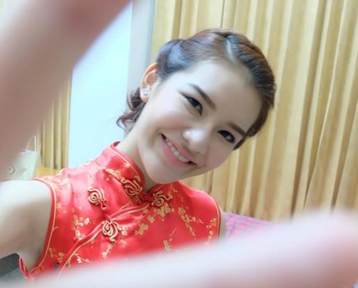 Cô nàng hiện tại là sinh viên năm ba chuyên ngành y khoa của Đại học Y Phayao song song với chuyên ngành Trung Quốc học, Tanaporn có thể sử dụng thành thạo hai ngoại ngữ là tiếng anh và tiếng trung.