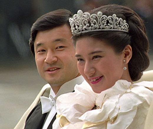 Thái tử theo đuổi Masako ròng rã 6 năm trời.