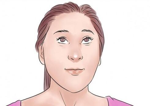 Nâng chân mày lên và giữ nguyên trong 5 giây. Bạn hãy mở mắt to nhất có thể. Lặp lại 5 lần.