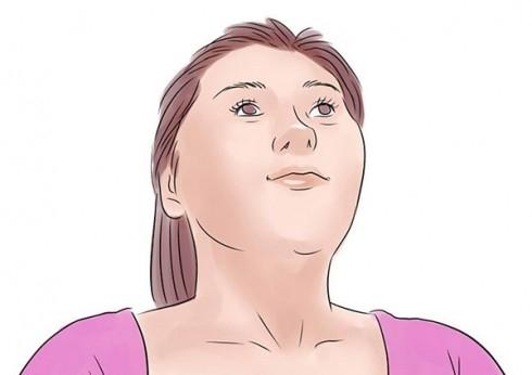 Bạn cũng có thể mở rộng miệng thành chữ O trong nhiều lần hoặc ngậm môi lại rồi nâng khóe miệng lên giống như bạn đang cười mỉm. Lặp lại 10-12 lần.