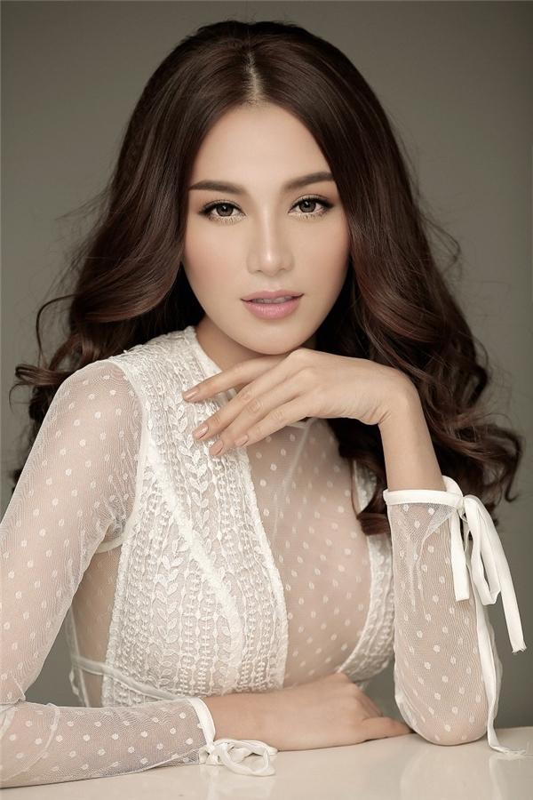 Trong chương trìnhGương mặt thương hiệu 2016, Lê Hà thuộc đội ca sĩ Hồ Ngọc Hà.