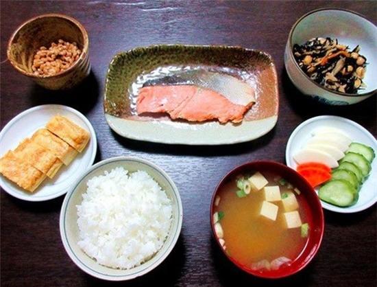 Học người Nhật những điều này để sống thọ và làm việc hiệu quả nhất thế giới