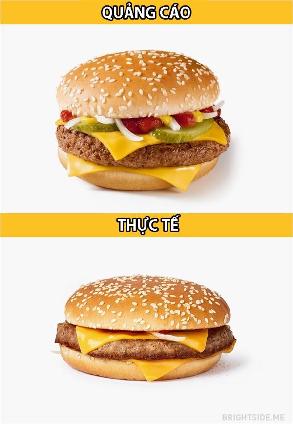 Ngoại trừ miến thịt có vẻ mỏng hơn thì chiếc burger này vẫn... còn thiếu nhiều thứ lắm.