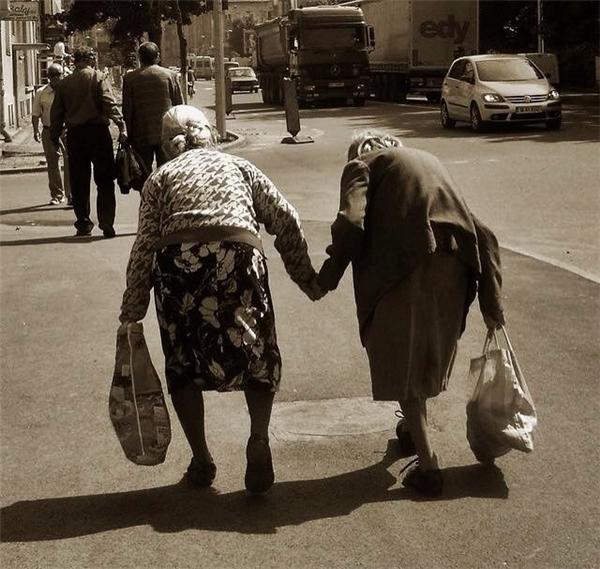 Những nghĩa cử khiến bạn tin rằng cuộc đời vẫn đẹp và đáng sống lắm