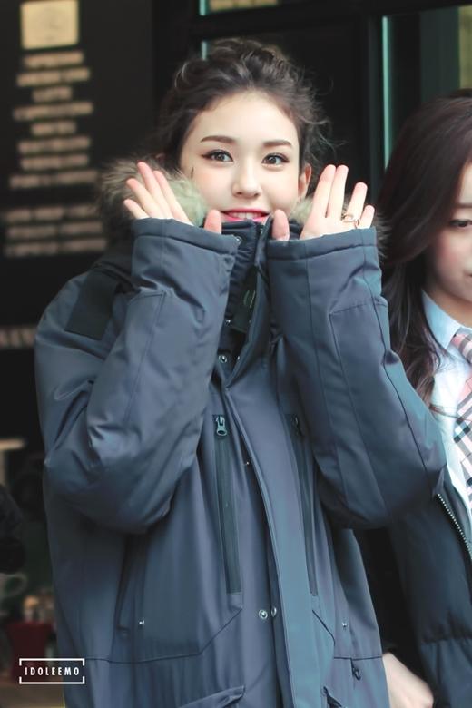 Đổ rạp với vẻ quyến rũ của bông hồng lai 15 tuổi xứ Hàn