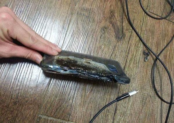 Galaxy Note 7 phát nổ và quyết định bất ngờ của Samsung trước sự cố