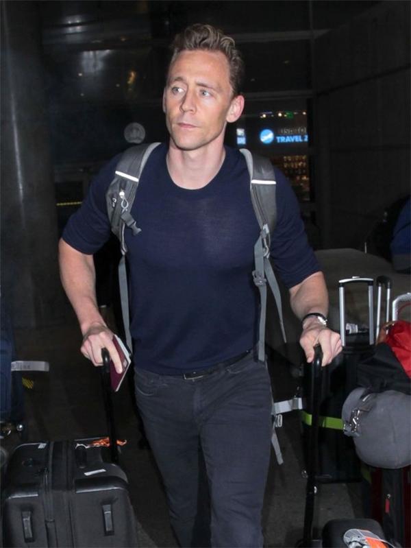 Tom mệt mỏi vì bị coi là trò cười khi hẹn hò với Taylor Swift.