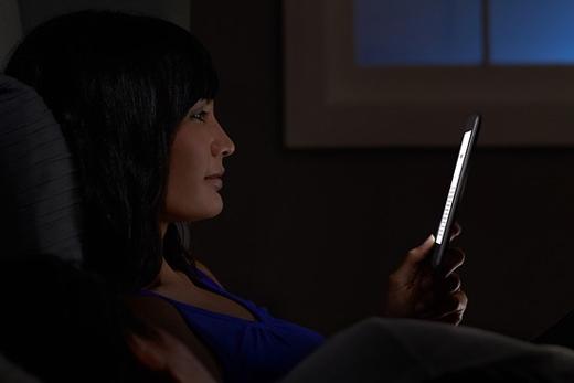 Đọc tin tức khiến bạn khó ngủ, thèm ăn đêm.