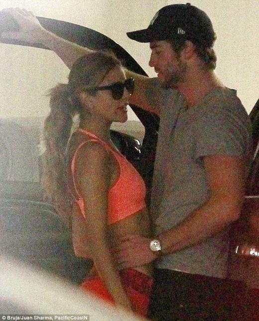 Eliza từng hẹn hò với Liam vào 2013.