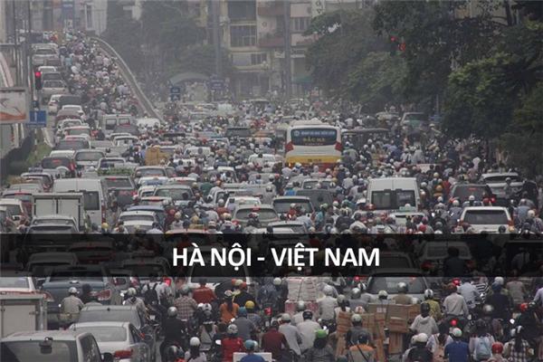 Một cảnh tượng vô cùng quen thuộc ở Hà Nội.