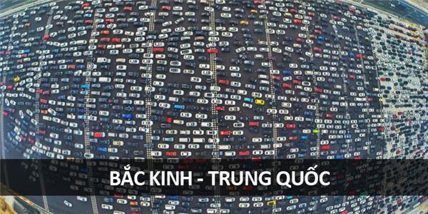 Bắc Kinh và cơn khủng hoảng kẹt xe ô tô.