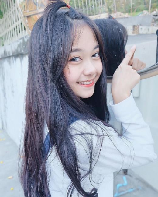 Pornsawan Phusuasở hữu nụ cười rạng rỡ như thiên thần.