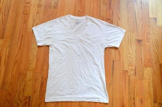 #18 Cởi quần áo (Ảnh: Internet)