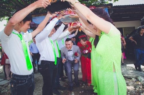 Độc đáo màn cướp dâu bằng 40 chiếc xe Minks gây sốt cộng đồng mạng