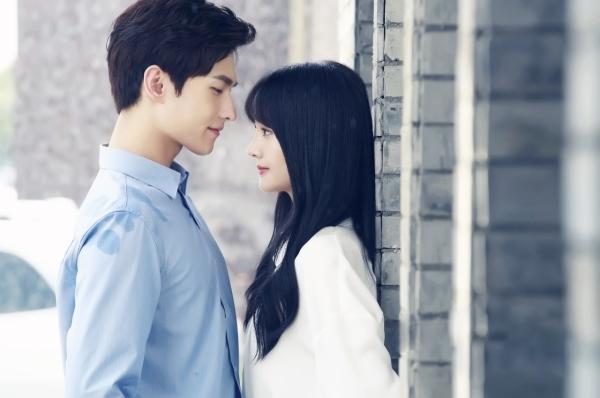 Đi tìm cặp tình nhân nào hot nhất Yêu em từ cái nhìn đầu tiên