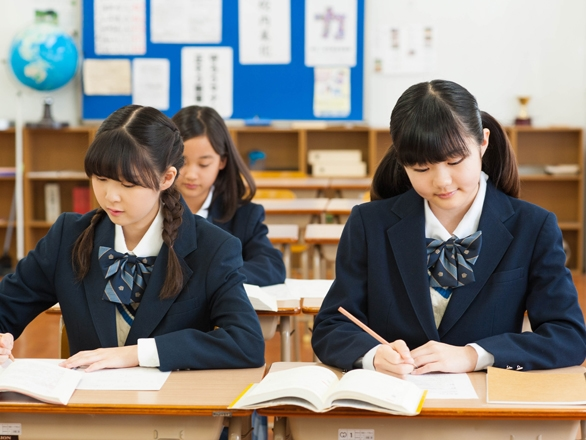 Những buổi học ngoài giờ rèn cho học sinh Nhật đức tính cần cù,chăm chỉ.