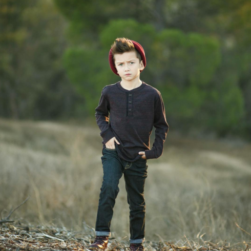 Không chỉlà tín đồ thời trang nhí, Gavin Duh còn được mệnh danh là chàng hot boy của giới thời trang.