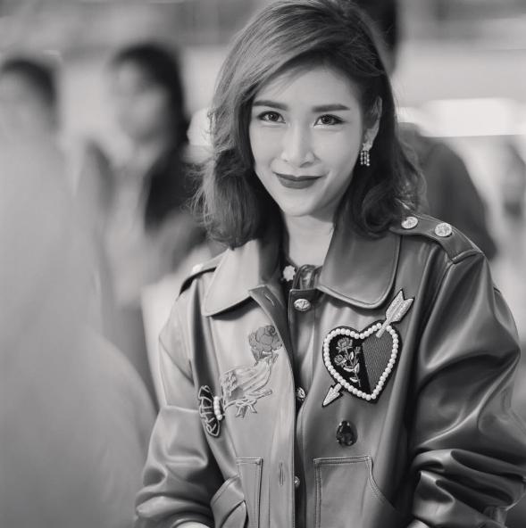 Peach Sitamon Taengsuwan làmột diễn viên, người mẫuxinh đẹp vàcó giá trị thương mại cao tại Thái Lan.