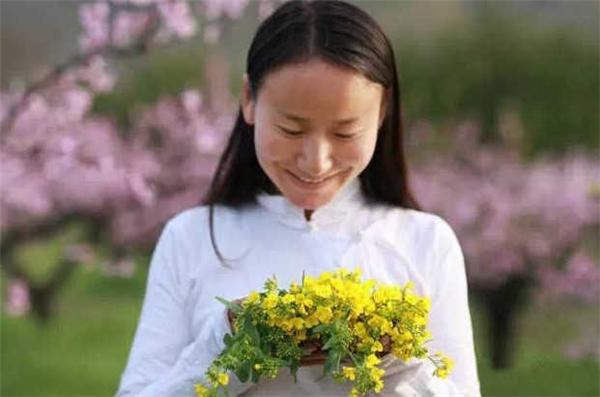 """Núi Chung Nam vô cùng thân thuộc với cô nàng cứ như đã sống ở đây """"từ kiếp trước""""."""