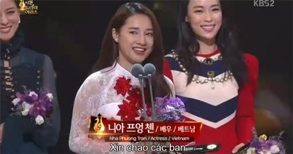 Những lần ngơ ngác của khán giả khi nghe sao Việt nổ tiếng Anh - Tin sao Viet - Tin tuc sao Viet - Scandal sao Viet - Tin tuc cua Sao - Tin cua Sao
