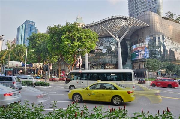 Lý Quang Diệu đã giúp Singapore phát triển như ngày nay bằng cách nào?